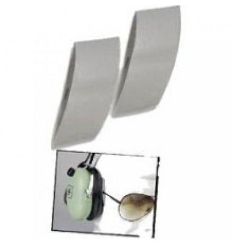 Passage pour branches de lunettes
